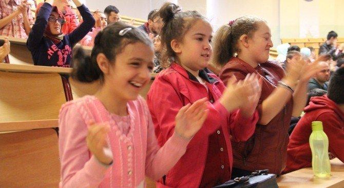 DPÜ'den 'Özel Çocuklar Gururlanıyor' Ektinliği