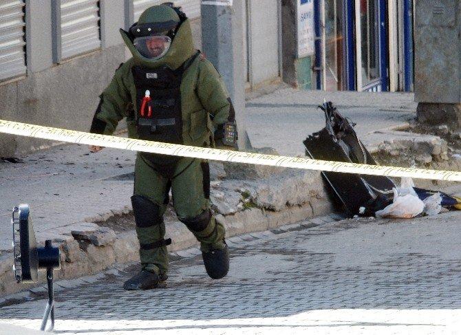 Hakkari'de Bomba Alarmı