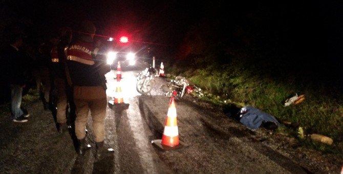Tire'de İki Motosiklet Çarpıştı: 1 Ölü, 3 Yaralı