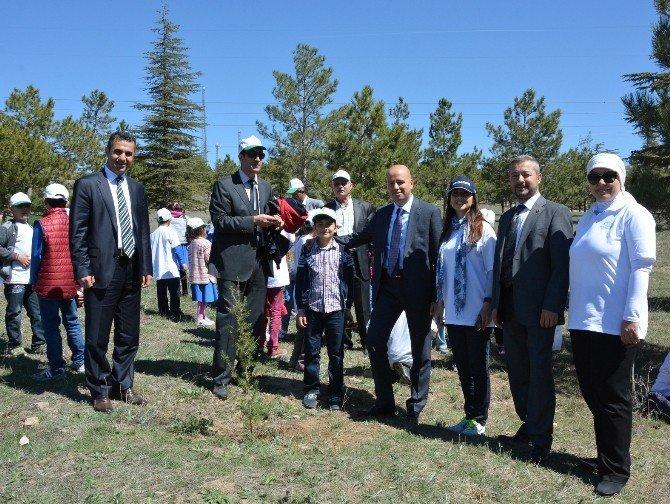 Dolgi Bünyan'da Çocuklarla Buluştu