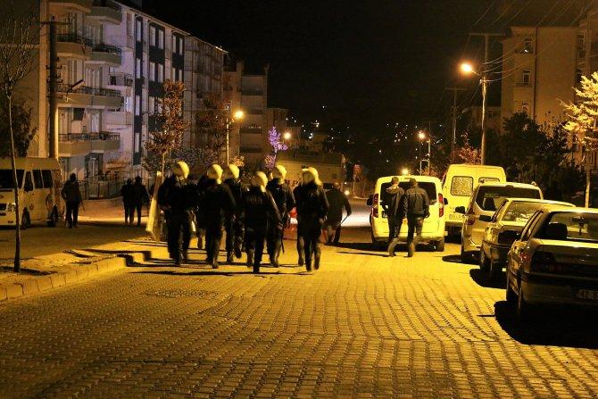 Petlas işçilerinin protesto eyleminde 4 gözaltı