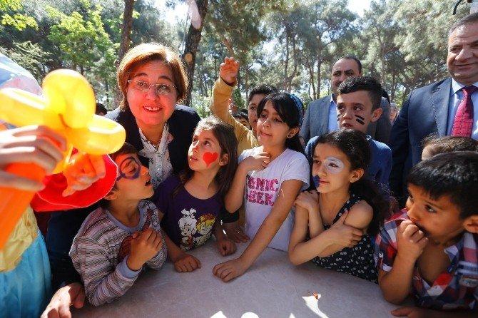 Konak'ta 23 Nisan Coşkusu Erken Başladı