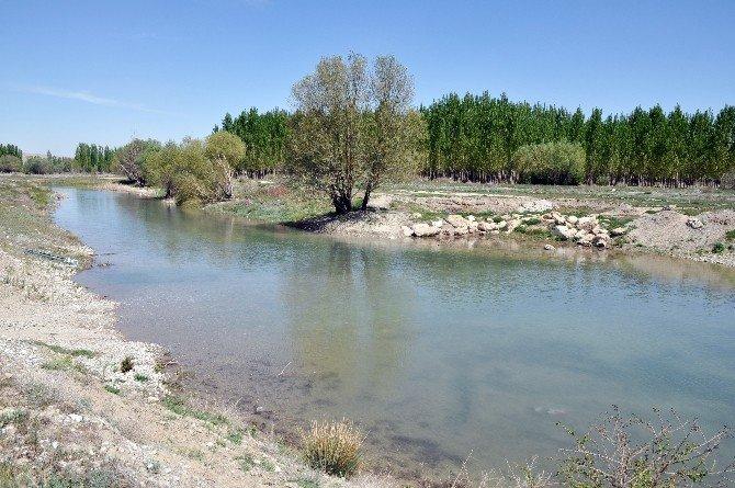 Sulama Kanalına Düşen Adam Öldü