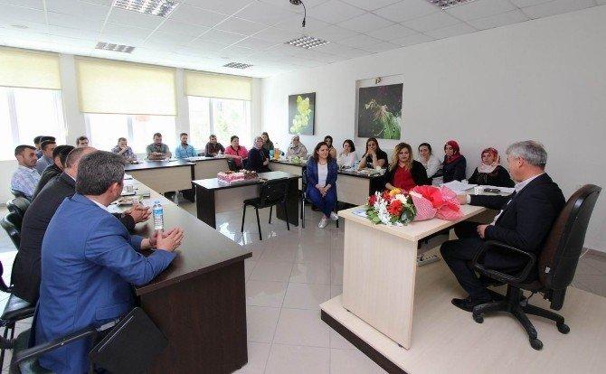 Genç Girişimciler Devlet Desteğiyle İş Kuracak