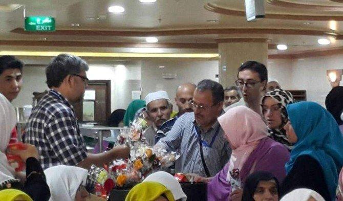 Medine'de Kutlu Doğum Coşkusu