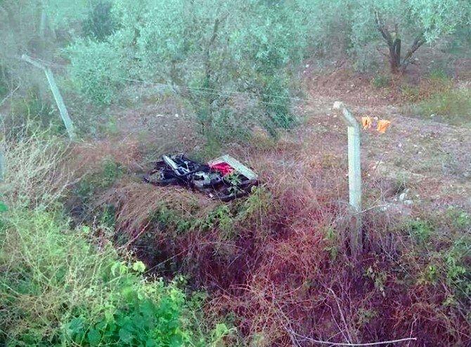 Otomobil İle Motosiklet Çarpıştı: 2 Ölü