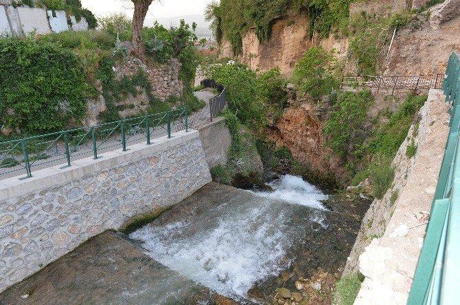 Muradiye - Alacahırka Arasında Sağlıklı Ulaşım