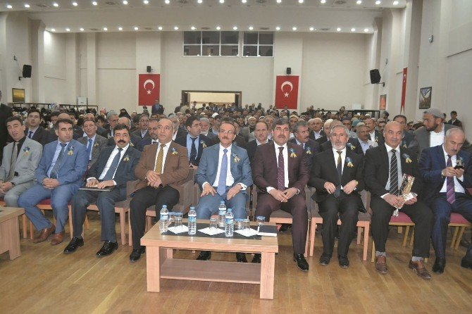 """Vali Yavuz: """"Haçlı Zihniyeti Bugün De Bitmiş Değil"""""""