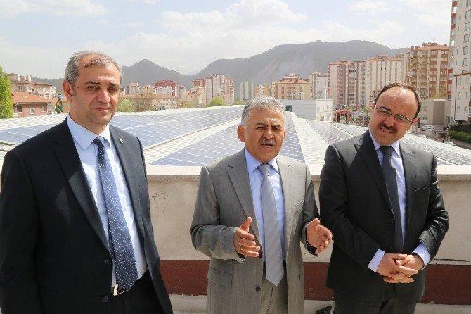 Melikgazi Belediyesi Enerji Dostu Pazar İnşa Etti