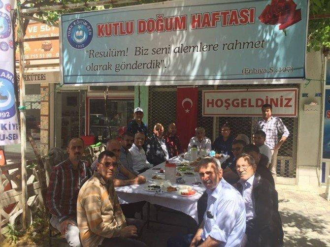 Salihli Türk Eğitim-sen'den Kutlu Doğum Lokması