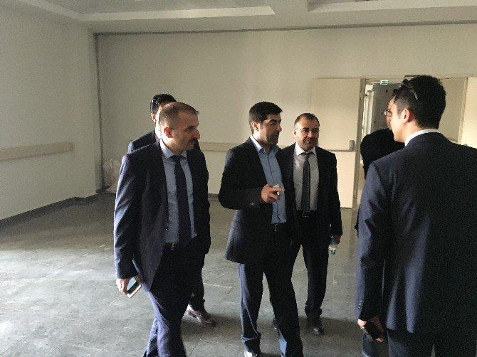 Eyyubi'ye Devlet Hastanesi'ne Bakan Müezzinoğlu Hız Kazandırdı