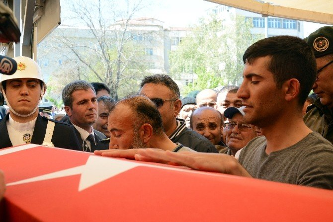 Şehit Polis Aksaray'da Son Yolculuğuna Uğurlandı
