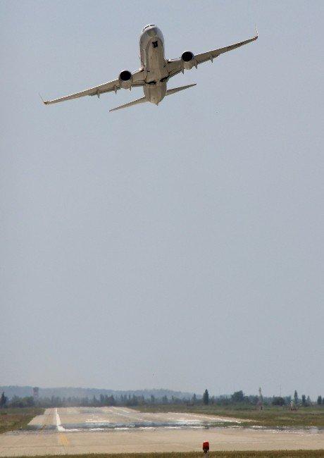 Pegasus Uçuş Eğitimlerine Edremit'te Devam Ediyor