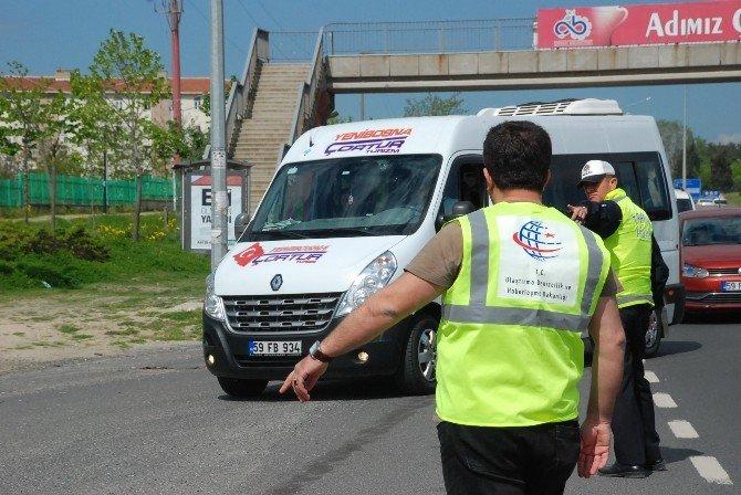 Karayolları Düzenleme Genel Müdürlüğü Ekiplerinden Yük Ve Yolcu Taşıyan Araçlarda Denetim