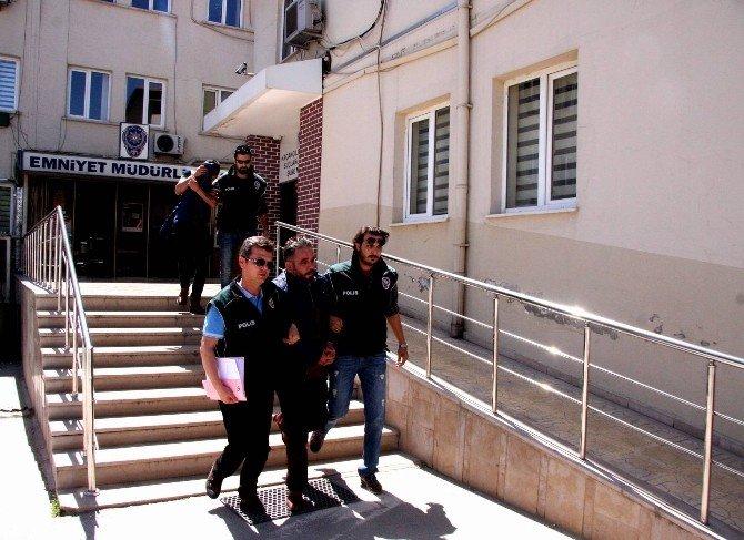 Uyuşturucu Satıcıları Bursa'ya Giremeden Yakalandı