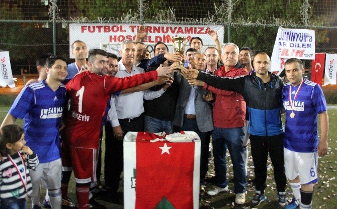 Aosb Ligi'nde Şampiyon Sarmak Makine