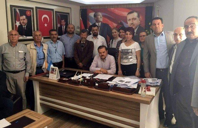 AK Parti'li Öz, Şehit Ailesinin Acısını Paylaştı
