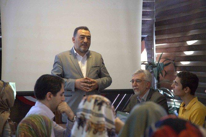 Türkiye Üçüncüsü Hayrunisa Gedik'e Milletvekili Şükrü Nazlı'dan Plaket