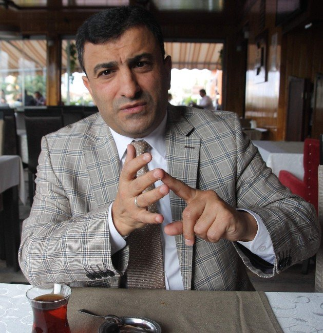 AK Parti Ortahisar İlçe Başkanı Temel Altunbaş Eleştirilere Cevap Verdi