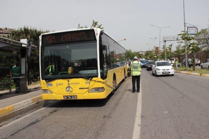 Beykoz'da Taksi Yolcu Otobüsüne Çarptı: 1 Ölü