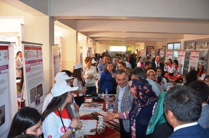 Fatsa'da 4006 TUBİTAK Bilim Fuarı