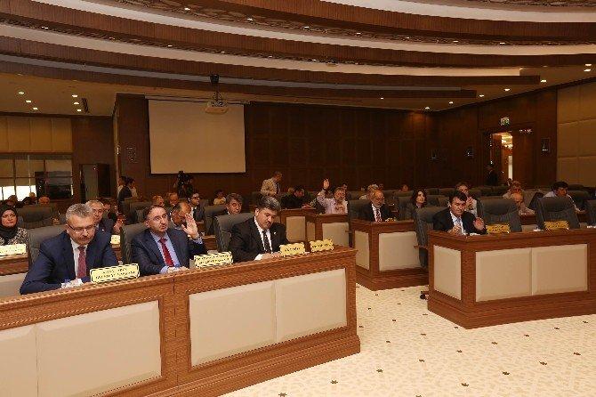 Büyükşehir'in 1 Milyar TL'lik Yatırımlarına Meclis Onayı