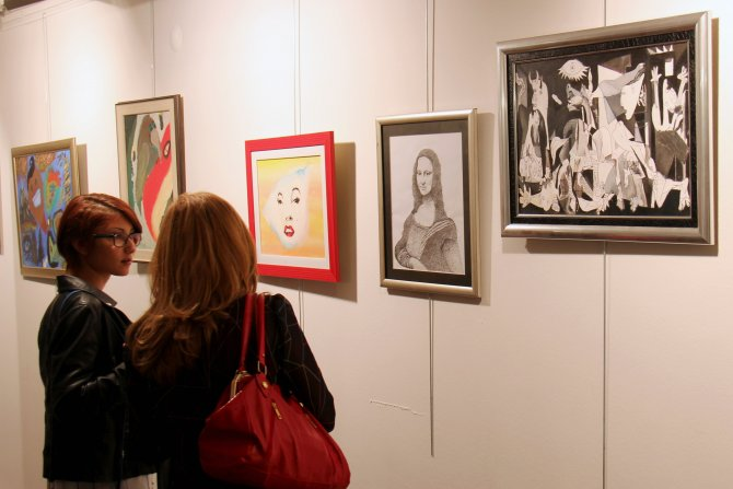 Çağdaş Sanatlar Merkezi, sanatseverleri iki yeni sergiyle buluşturuyor
