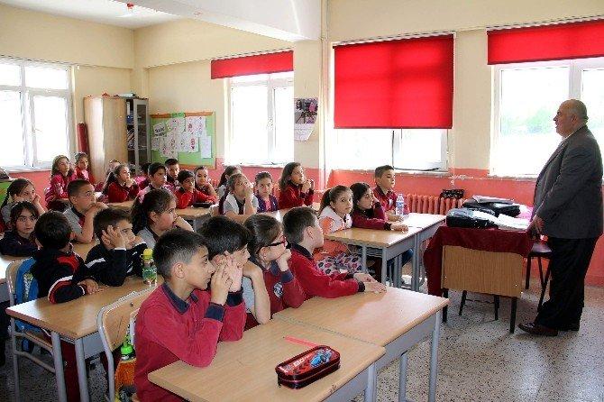 Öğrencilere Gazetecilik Mesleği Anlatıldı