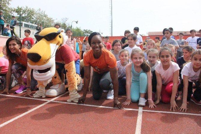 Dünyanın En Hızlı Atleti Jeter'dan Çocuklara 'Altın' Öğütler