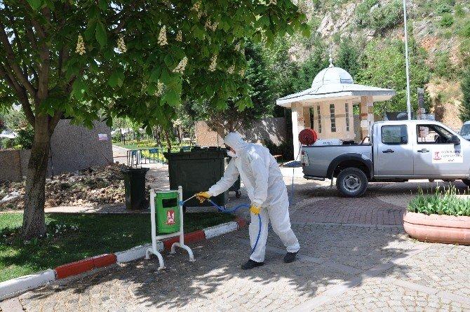 Bilecik Belediyesinde İlkbahar İlaçlama Çalışmaları Devam Ediyor