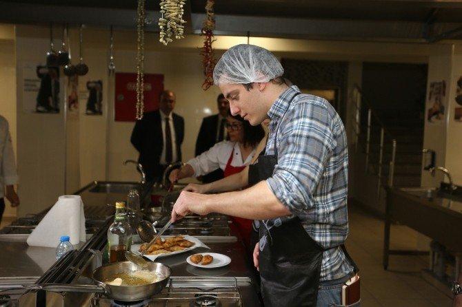 İngiliz Gazetecilerden Gastronomi Kenti Gaziantep'e Ziyaret
