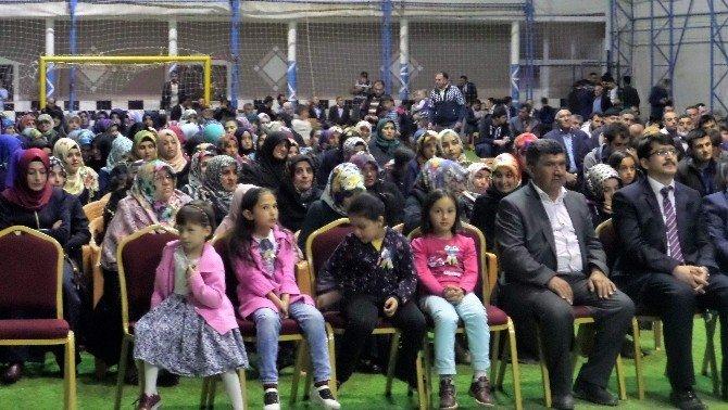 Kadışehri Müftülüğü Halı Sahada Konferans Düzenledi