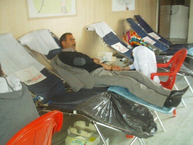 Özalp İlçesinde Kan Bağışı
