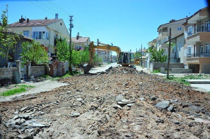 Belediye Çalışmaları Şehrin Dört Bir Yanında Devam Ediyor