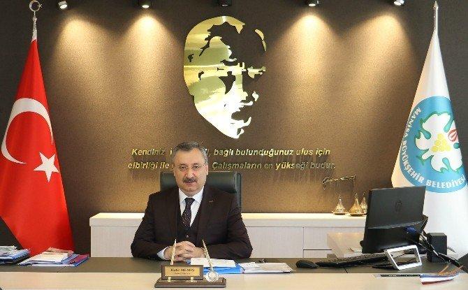 Manisa Büyükşehir, Vatandaşların Sorunlarını Dinliyor