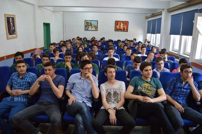 Genç Mühendisler Öğrencilerle Buluştu