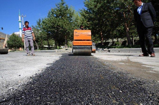 Üzümlü'de Asfalt Onarım Çalışmaları Başladı