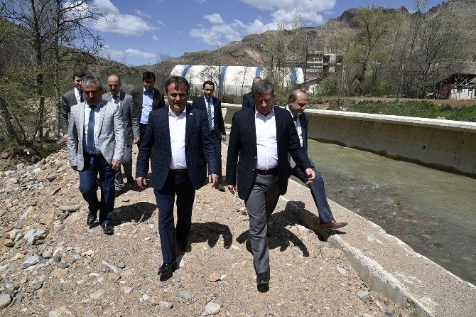 AK Parti Trabzon İl Başkanı Haydar Revi'den Gümüşhane Ziyareti