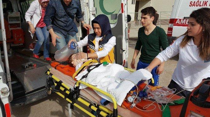 Kucağındaki Bebeği Pencereden Düştü, Kendi De Ardından Atladı