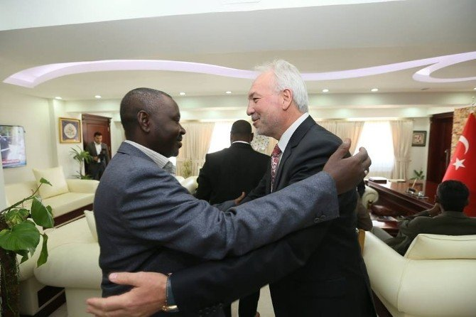 Sudan Heyeti Kütahya'da