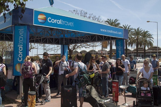 Antalya, 2016 Sezonunun İlk Polonyalı Turistlerini Karşıladı