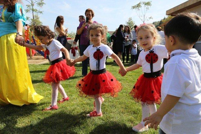 Selçuk'ta Minik Öğrencilerin 23 Nisan Etkinliği