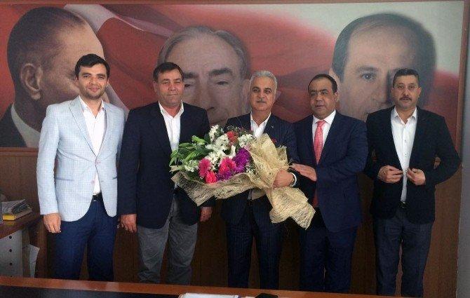 """Cevheribucak: """"Önce Adanalı, Sonra Siyasetçiyiz"""""""