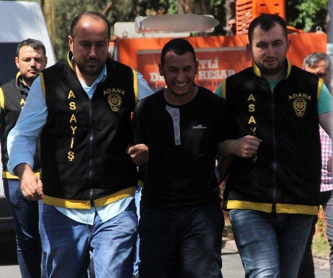 Bıçaklı Gasp Yapan Dört Kişi Yakalandı