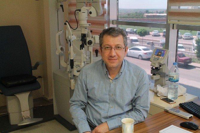 Göz Hastalıkları Uzmanından Göz Sağlığı Ve Güneş Gözlüğü Uyarısı