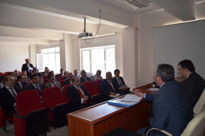 Aziziye'de Okul Müdürleri İle Değerlendirme Toplantısı