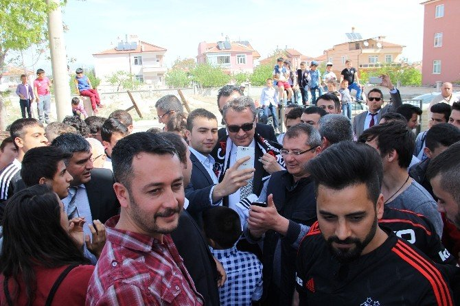 Beşiktaş Kulübü Başkanı Fikret Orman Karaman'da