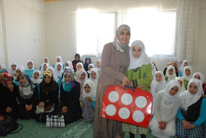 Devletin Şefkat Eli Kız Kur'an Kursu Öğrencilerine Uzandı
