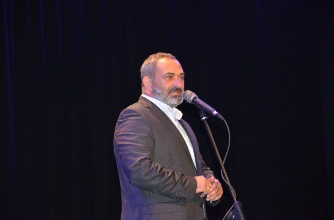 Dursun Ali Erzincanlı BEÜ'de Sevenleri İle Buluştu