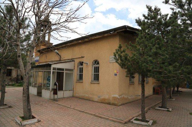 Karacaoğlu Camii Melikgazi Belediyesi'ne Emanet